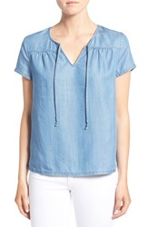 Hinge Women's Chambray Top Dawn Very Light Bleached
