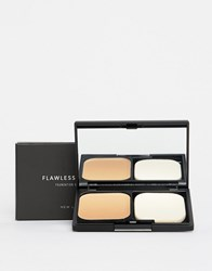 New Look Flawless Foundation Compact Mid Brown Clear