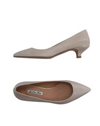 Julie Dee Footwear Courts Women Beige