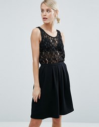 Storm And Marie Cadence Crochet Lace Vest Top Black