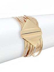 Saks Fifth Avenue Herringbone Bracelet Gold