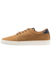 Wesc Trainers Rubber Beige