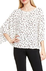 Vince Camuto Women's Kimono Sleeve Blouse New Ivory Animal Pop