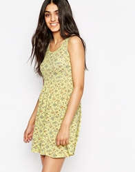 Lovestruck Harriet Floral Dress Yellow