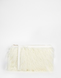 New Look Mongolian Fur Clutch Winterwhite