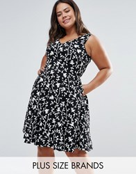 Closet Plus Skater Dress In Floral Print Black And White