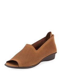Sesto Meucci Eulah Perforated Zip Sandal Camel