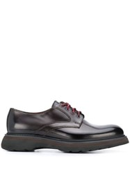 Doucal's Contrasting Lace Derby Shoes Red