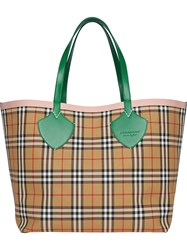 Burberry The Giant Reversible Tote In Vintage Check Nude And Neutrals