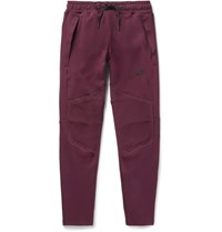 Nike Lim Fit Tapered Cotton Blend Tech Fleece Weatpant Burgundy