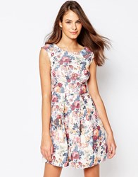 Closet Box Pleat Dress In Floral Print Cream
