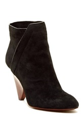 Vc Signature Germina Bootie Black