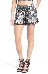 Women's Band Of Gypsies Floral Print Shorts