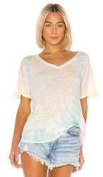 Young Fabulous And Broke V Neck Twister Tee In White. Crystal Spiral Wash