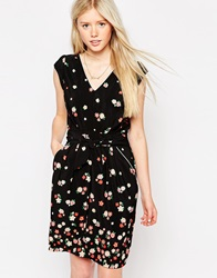 Trollied Dollytie Front Tea Dress In Graduated Floral Print Black