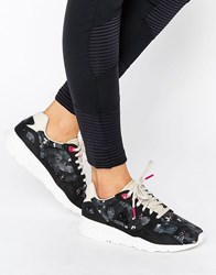 Le Coq Sportif R900 Trainer Winter Floral Black