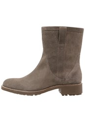 Aigle Chanteside Boots Taupe Grey