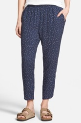 Hinge Arrow Print Crop Pants Blue