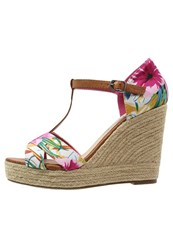 Refresh Wedge Sandals Fucsia Pink