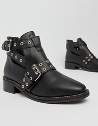 Truffle Collection Flat Ankle Boots Black