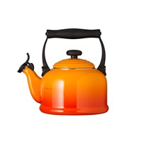 Le Creuset Traditional Enamel Kettle Volcanic