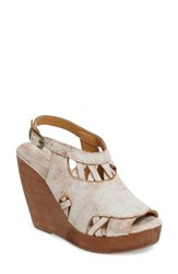Very Volatile Women's Sloane Platform Wedge Sandal Off White Leather