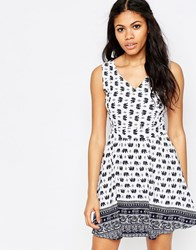 Iska Elephant Border Print Tie Back Zip Dress White Navy