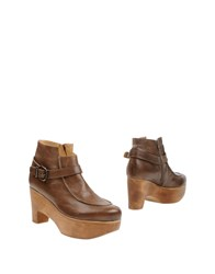 Ellen Verbeek Booties Brown