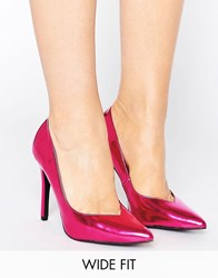 New Look Wide Fit Metallic Pointed Court Shoe Pink
