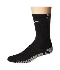 Nike Grip Strike Cushioned Crew Black White Crew Cut Socks Shoes