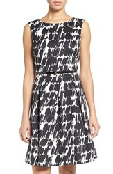 Ellen Tracy Women's Belted Print Scuba Fit And Flare Dress Black White