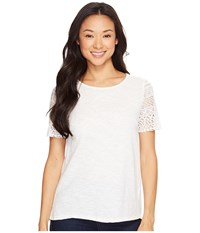 Dylan By True Grit Slub Knit Tee W Sierra Lace Sleeves Washed White Women's Short Sleeve Pullover