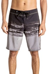 Quiksilver Men's Hold Down Vee Board Shorts