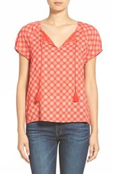 Women's Hinge Short Sleeve Popover Top Red Fiery Chrysanthemum Print