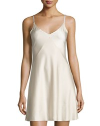 Commando Luxe Satin Princess Raw Cut Slip Creme