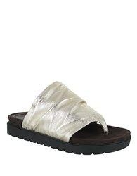 Mia Oasis Leather Sandals Soft Gold