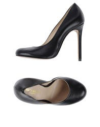 Stele Footwear Courts Women Black