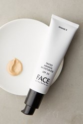 Anthropologie Face Stockholm Tinted Mineral Moisturizer Nyans 0 One Size Bath And Body
