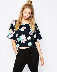 Monki Boxy Tee Black