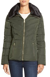 Women's Guess Faux Fur Collar Quilted Jacket Olive