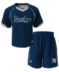 Majestic Babies' New York Yankees Shirt And Shorts Set