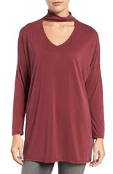 Trouve Women's Keyhole V Neck Top Burgundy Royale