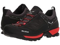 Salewa Mountain Trainer Black Out Bergot Shoes