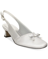 Easy Street Shoes Easy Street Incredible Evening Pumps Women's Shoes Silver Satin