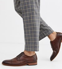 Base London Wide Fit Trailer Toe Cap Shoes In Washed Brown