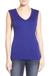 Petite Women's Halogen Sleeveless V Neck Top