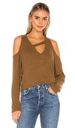 Lna Jeanne Brushed Rib Pullover In Brown. Camel