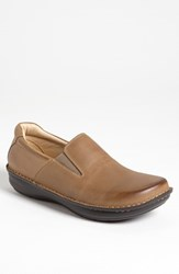 Men's Alegria 'Oz' Slip On Brown Tumble