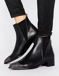 Bronx Leather Boot With Chain Toe Black Leather