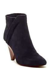Vc Signature Germina Bootie Gray
